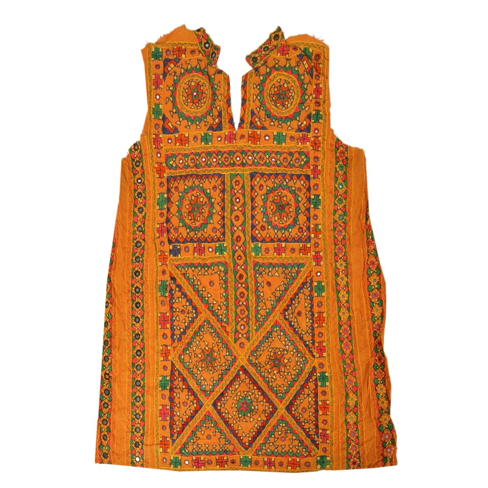 Details about Sanskriti Vintage Cotton Hand Embroidered Kutch Work Design  Fabric Neck Patch Cr